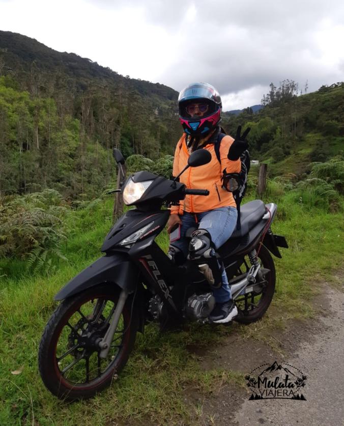 Camino en moto.png